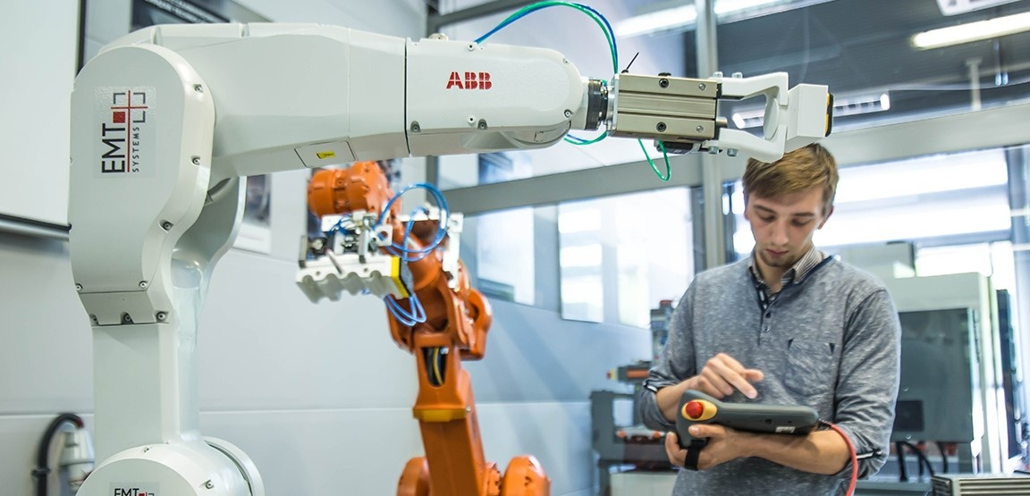 roboty-abb-6-2